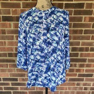 NWOT NYDJ blue water print blouse